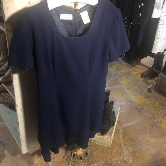 Liz Claiborne Dresses & Skirts - 👗3 for $20. Liz Claiborne navy blue 9-5 dress